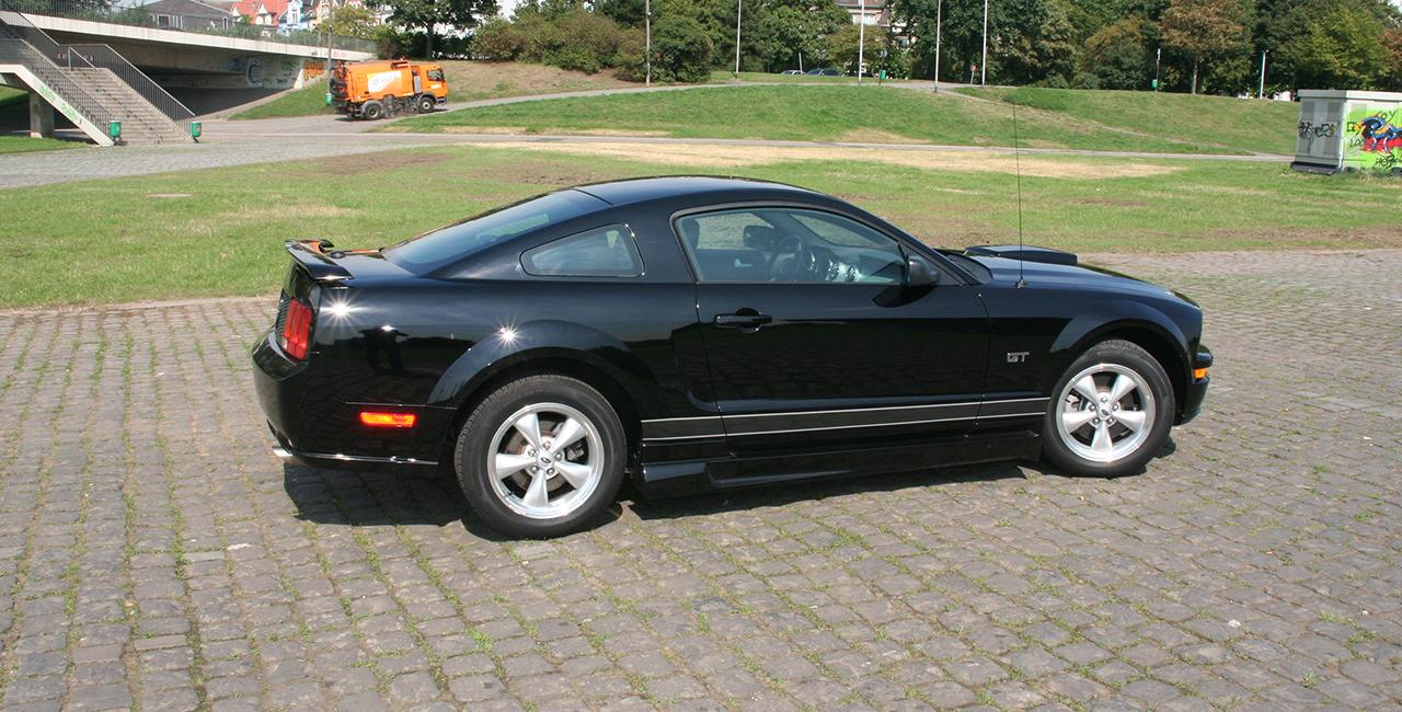 1 Tag Ford Mustang V8 GT selber fahren in Düsseldorf, NRW