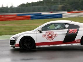 10 Runden Audi R8 V10 selber fahren auf dem Eurospeedway Lausitz