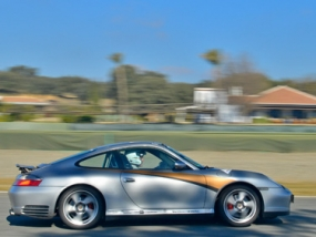 8 Runden Porsche Carrera 4S selber fahren auf dem Ascari - Erlebnis Geschenke