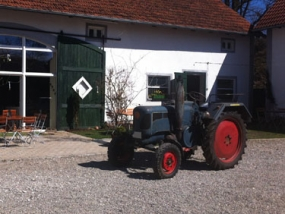 3 Std. Oldtimertrecker selber fahren in Waidhofen, Bayern