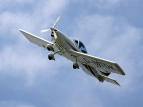30 Min. Flugzeug Rundflug über Freiburg-Brühl - Erlebnis Geschenke