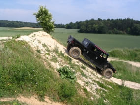 30 Min. Hummer H1 offroad fahren in Horstwalde, Raum Berlin - Erlebnis Geschenke