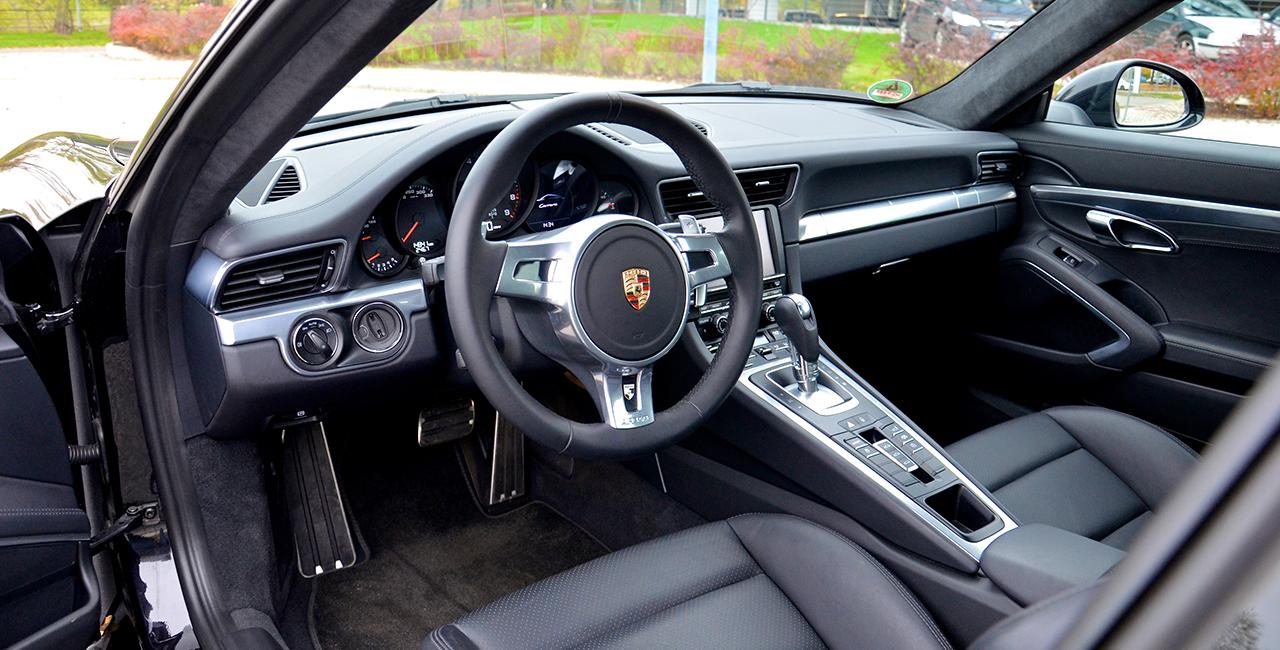 30 Minuten Porsche 911 Carrera selber fahren in Hamburg