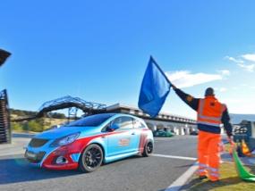 4 Runden Renntaxi Opel Corsa OPC auf dem Hockenheimring