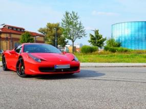 6 Runden Ferrari 458 Italia selber fahren auf dem Spreewaldring - Erlebnis Geschenke