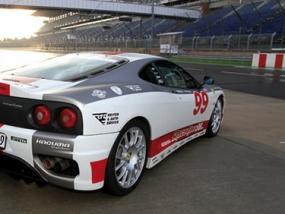 8 Runden Ferrari F360 selber fahren auf dem Eurospeedway Lausitz - Erlebnis Geschenke