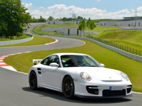 6 Runden Porsche GT2 selber fahren auf der Spa Francorchamps - Erlebnis Geschenke