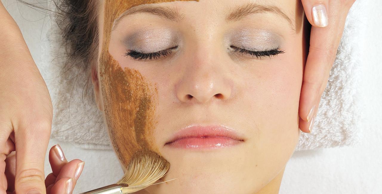 Gesichtsbehandlung `Anti-Falten-Code` in Bad Salzuflen