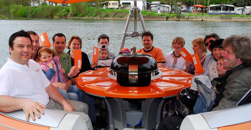 Bbq-Donut in Limburg mieten und auf der Lahn fahren