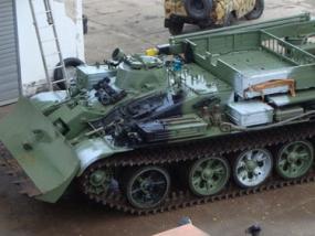 Beifahrer im Bergepanzer T55 in Grimmen, Raum Stralsund