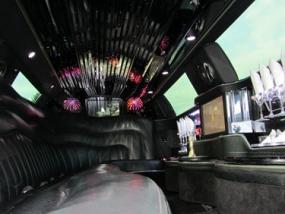 Chrysler C300 Stretchlimousine mieten in Köln, NRW - Erlebnis Geschenke