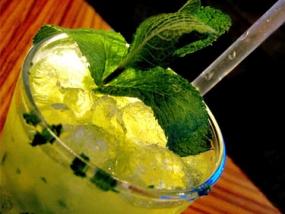 Cocktailkurs in Cotta, Raum Dresden in Sachsen - Erlebnis Geschenke