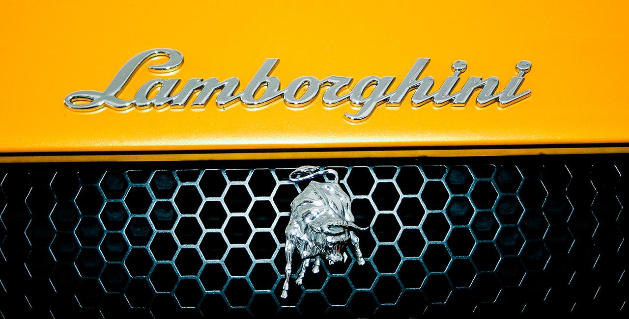 7 Tage Lamborghini Huracan LP 610-4 mieten in Düsseldorf