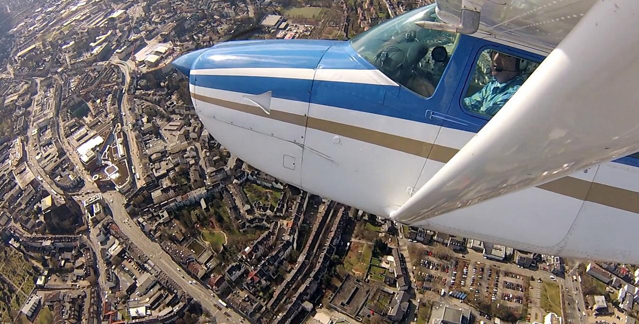 30 Min. Flugzeug Rundflug für Drei in Essen-Mülheim