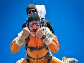 Fallschirm-Tandemsprung in Berlin