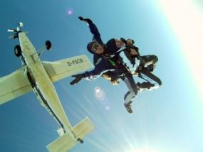 Fallschirmspringen Schnupperkurs in Breitscheid, Raum Herborn