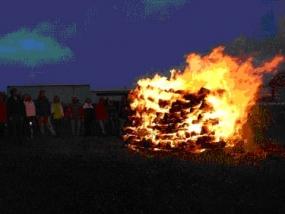 Feuerlaufen in Böhmfeld, Raum Ingolstadt in Bayern - Erlebnis Geschenke