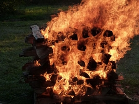 Feuerlaufen in Viereth-Trunstadt, Raum Bamberg in Bayern - Erlebnis Geschenke