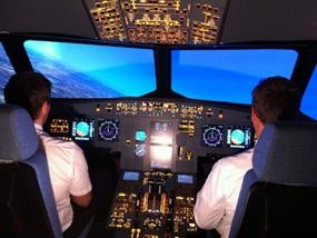 Flugsimulator Airbus A320 Düsseldorf - Erlebnis Geschenke