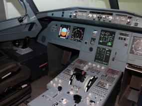 Flugsimulator Boeing 737 in Hannover, Niedersachsen - Erlebnis Geschenke