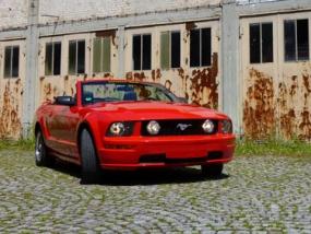 Ford Mustang GT Cabrio Wochenende mieten in Langenau, Raum Ulm