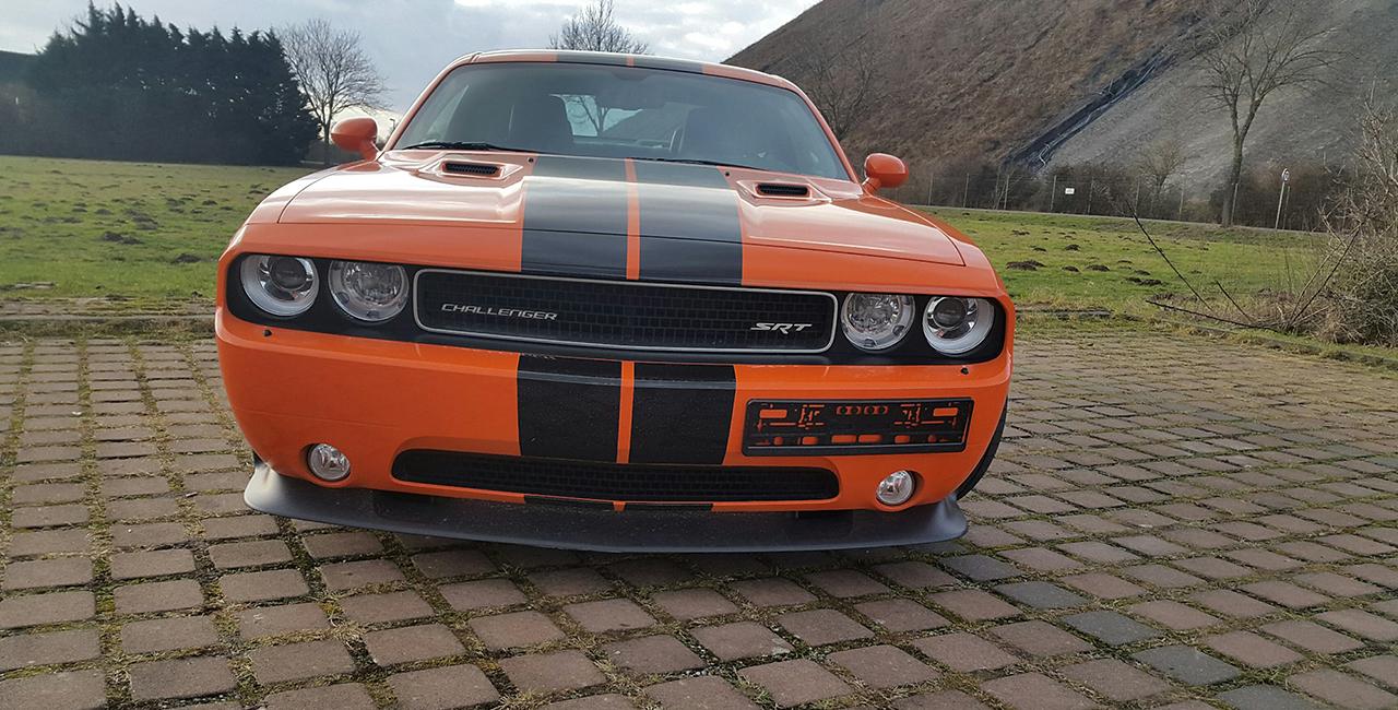 Dodge Challenger SRT Wochenende selber fahren in Hamburg
