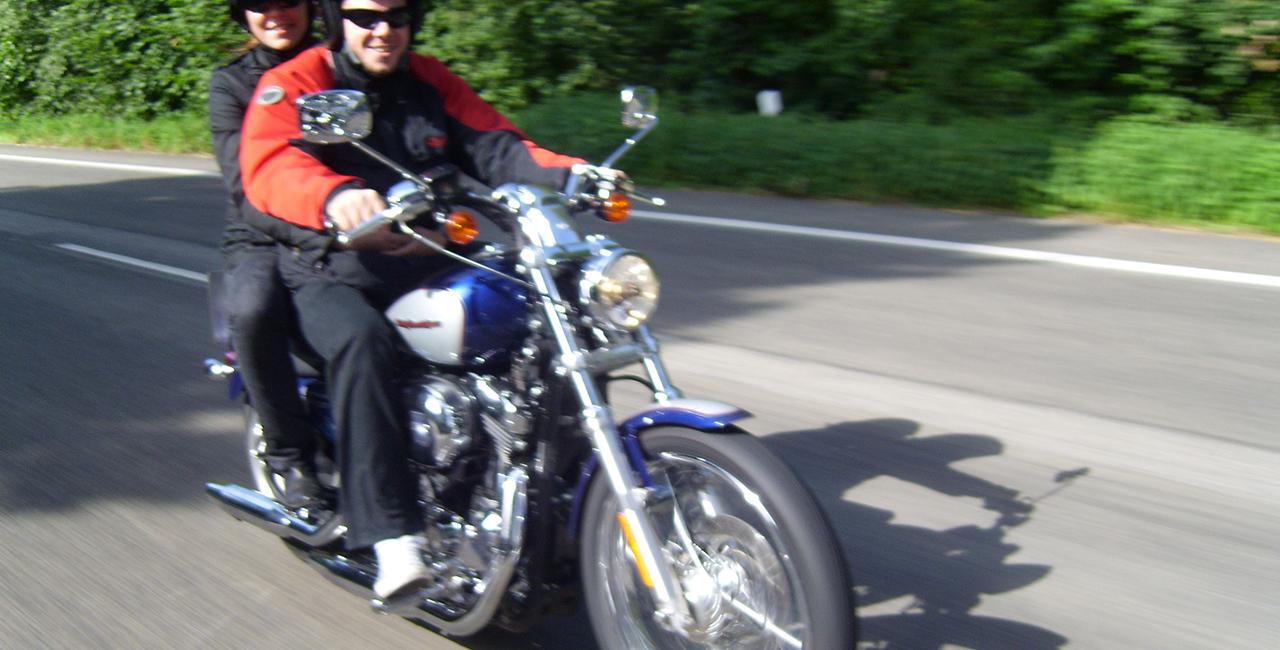 Motorräder und Trikes