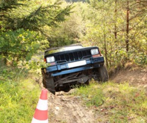 assets/images/activities/jeep-offroad-selber-fahren-am-nuerburgring-rheinland-pfalz/1.jpg