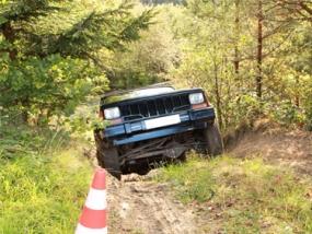 Jeep offroad selber fahren am Nürburgring, Rheinland-Pfalz - Erlebnis Geschenke