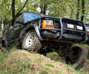 assets/images/activities/jeep-offroad-selber-fahren-am-nuerburgring-rheinland-pfalz/7.jpg