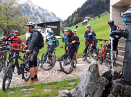 E-Bike Tour mit Guide in Lengenfeld