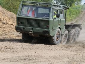 LKW Truck Tatra selber fahren in Grimmen, Raum Stralsund - Erlebnis Geschenke