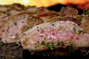 Männer kochen für Ihre Frauen in Dresden, Sachsen - Erlebnis Geschenke