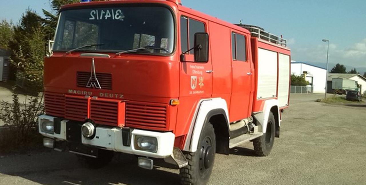 Stadtrundfahrt im Feuerwehrauto für 1-8 Personen in Merseburg