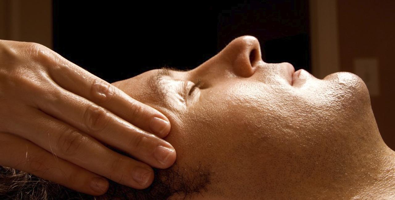 Ohrreflexzonenmassagen