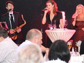Rock Christmas Dinnershow Halle