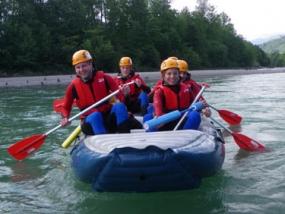 Schlauchboot-Tour auf der Iller in Gunzesried, Allgäu - Erlebnis Geschenke