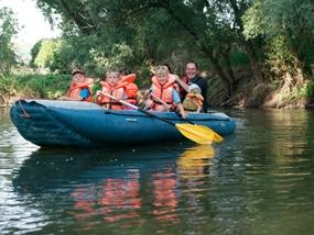 Schlauchboot-Tour Freyburg - Erlebnis Geschenke