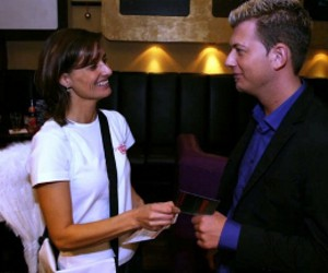speed dating alex bielefeld Speed dating in san francisco, ca for single professionals offering the best speed dating san francisco has to offer meet up to 15 san francisco singles just like you in one fun evening.