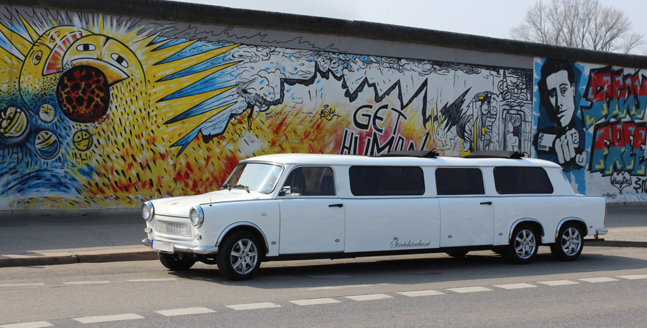 trabant limo mieten in berlin als ostalgie in neuer form. Black Bedroom Furniture Sets. Home Design Ideas