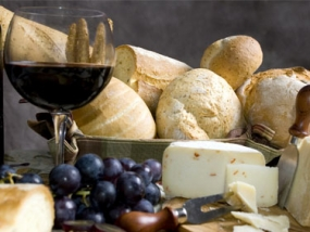 Wein und Käse in Göttingen, Niedersachsen - Erlebnis Geschenke