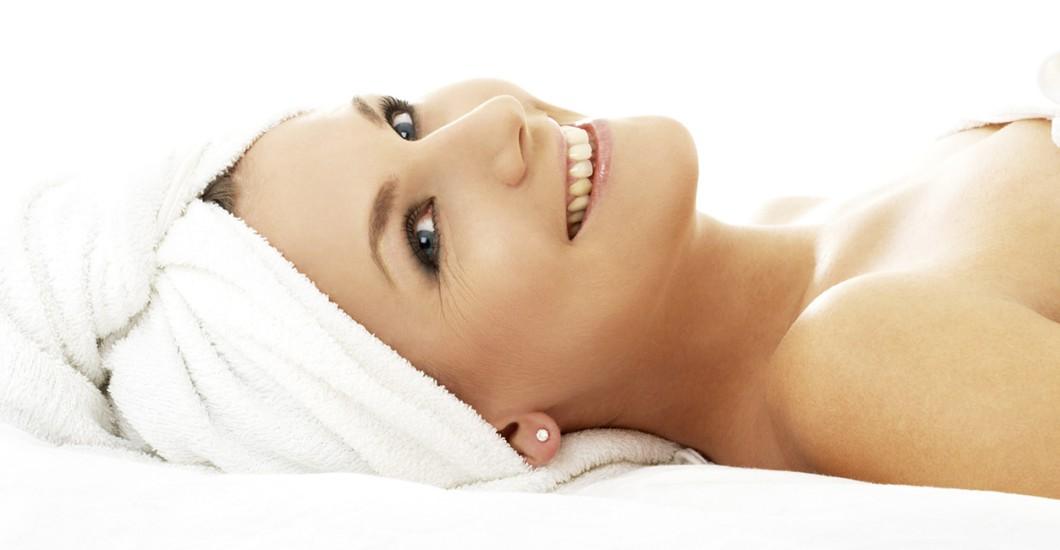 Massage Und Zwei Schwänze