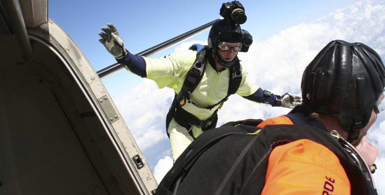 Fallschirm-Tandemspringen mit Video