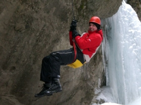 Wintercanyoning in Blaichach, Raum Kempten in Bayern