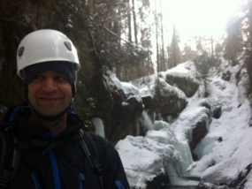 Wintercanyoning in Burgberg, Raum Sonthofen in Bayern